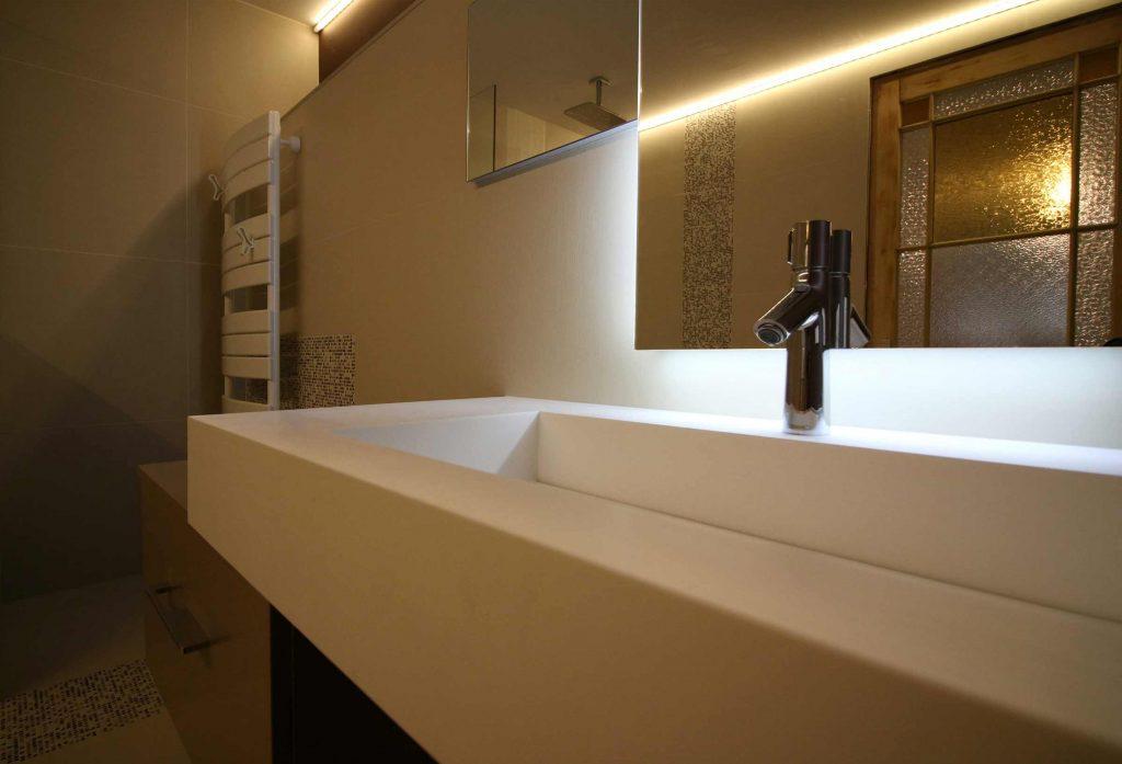 salle de bain sobre ar interieur sp cialiste de la r novation de salle de bain. Black Bedroom Furniture Sets. Home Design Ideas