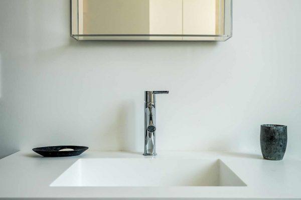 salle-de-bain-lavabo-mitigeur