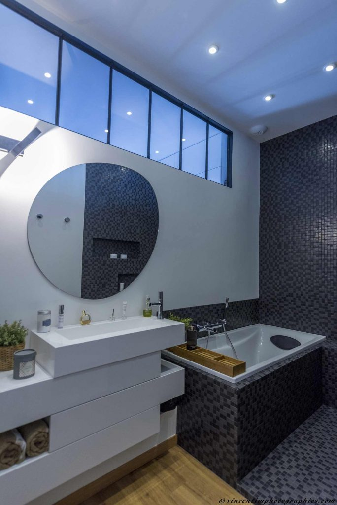 renovation salle de bain grenoble rnovation salle de bains chambry with renovation salle de. Black Bedroom Furniture Sets. Home Design Ideas