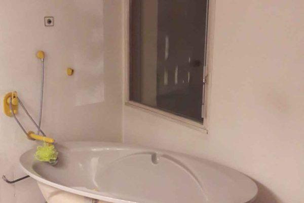 salle de bain proue r nov e par ar interieur le sp cialiste de vos salles d 39 eau. Black Bedroom Furniture Sets. Home Design Ideas